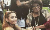 Paris Jackson encanta con su voz a su abuela Katherine