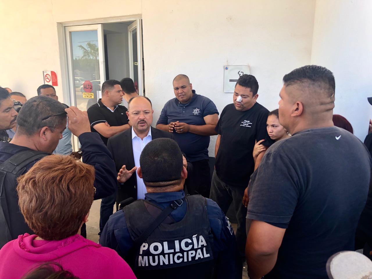 Alcalde reprueba hechos violentos en contra de policias municipales