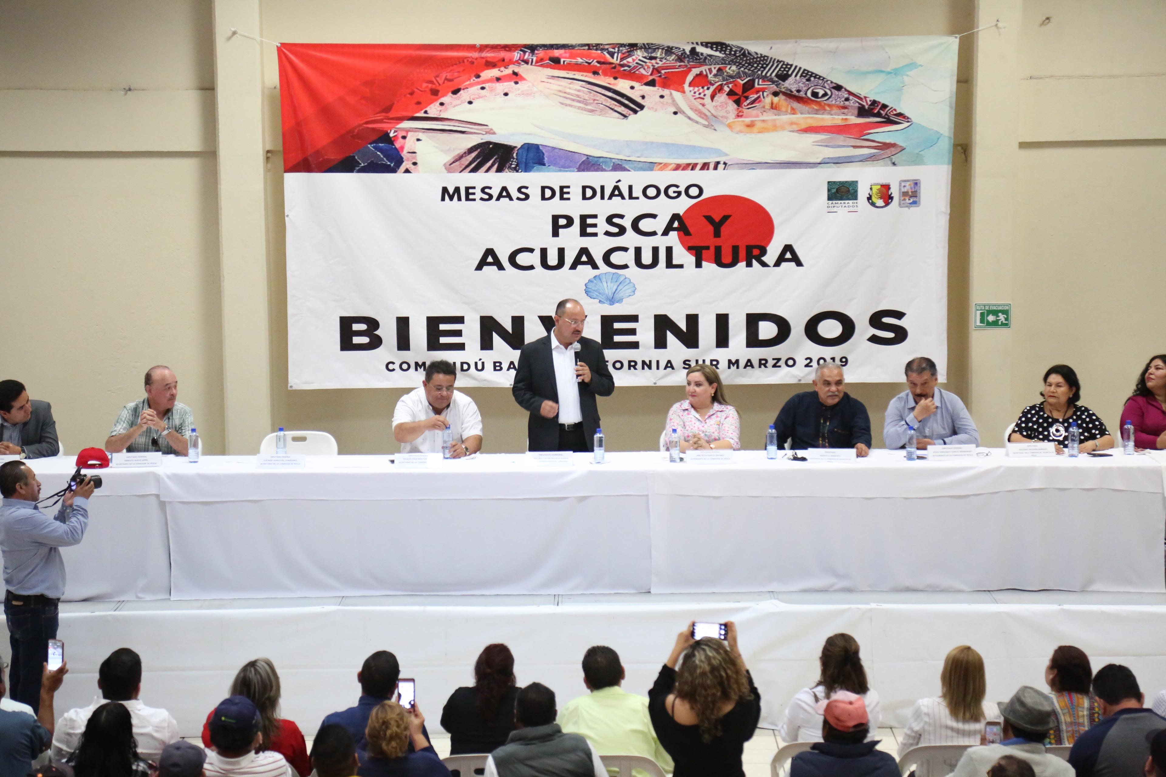 Debemos trabajar unidos por el fortalecimiento del sector Pesquero y acuícola: Walter Valenzuela