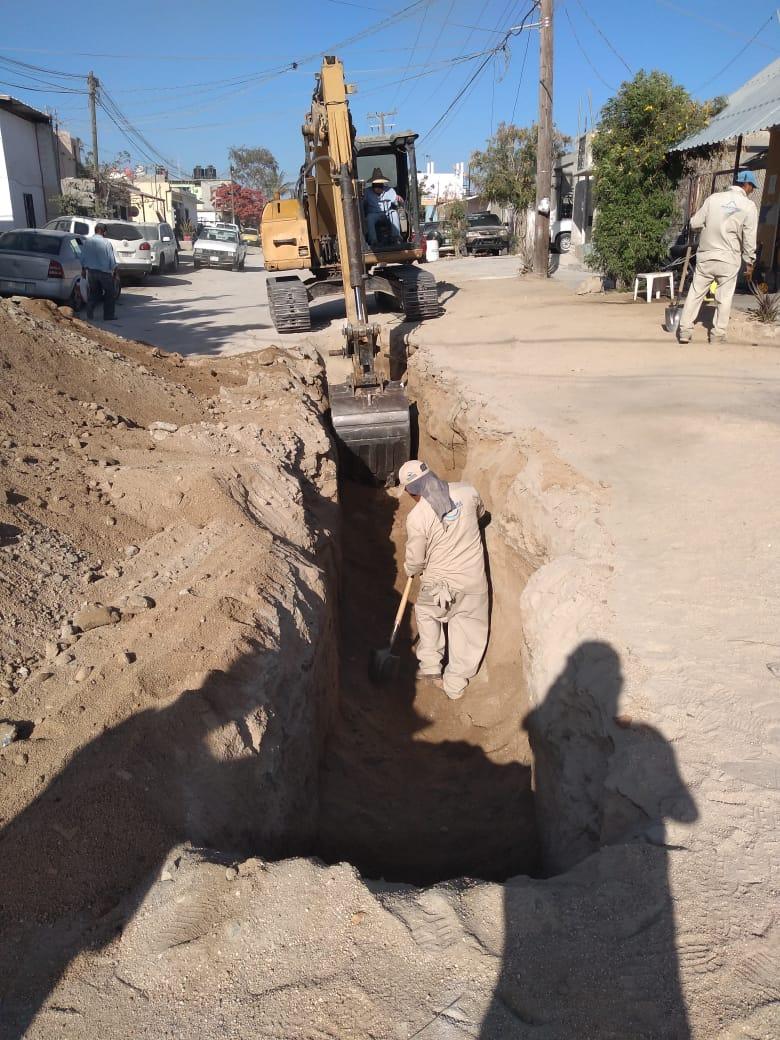 Construye OOMSAPAS Los Cabos segunda línea de colector en Lagunitas